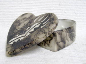 Ceramic Horsehair Small Heart Jewelry Box