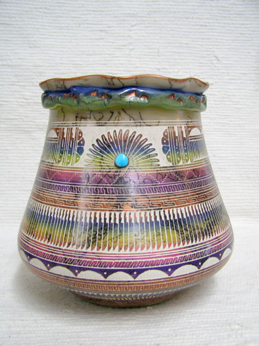 Navajo Fine Etched Horsehair Pot