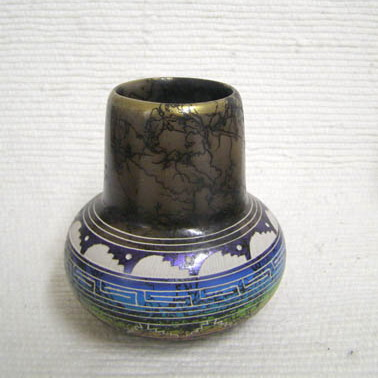 Navajo Fine Etched Horsehair Small Pot