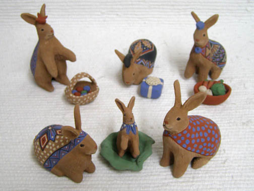 Mata Ortiz Handbuilt and Handpainted Rabbit Nativity
