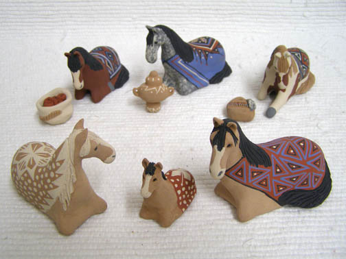 Mata Ortiz Handbuilt and Handpainted Horse Nativity
