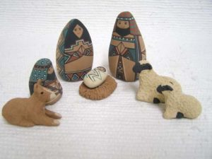 Mata Ortiz Handbuilt and Handpainted 8-Piece Nativity