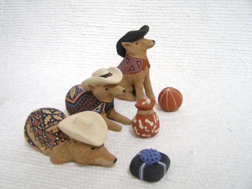 Mata Ortiz Handbuilt and Handpainted Coyote Nativity w/Hats